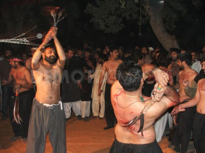 Self Flagellation Shias with Zanjeer Knives and blades