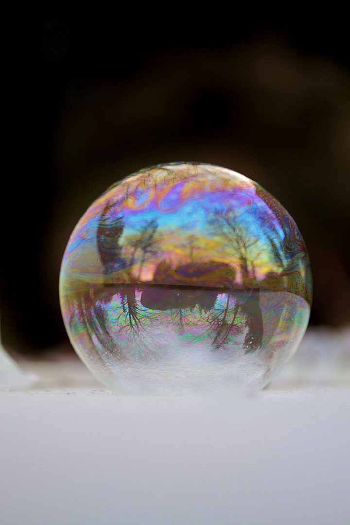 Soap Bubbles Crystallize Into Wonderful Shapes In The Cold Winter-