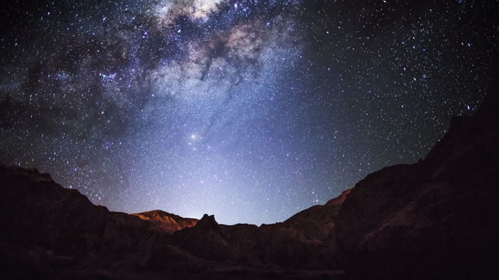 The Starry Sky Of The Atacama Desert, San Pedro, South America, Reveals Its Splendor (Video)-17