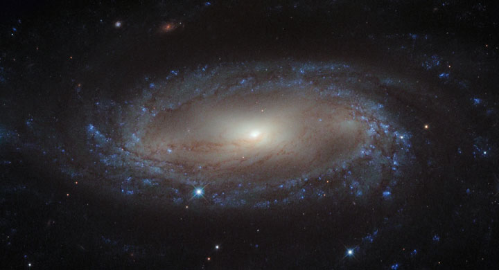 The spiral galaxy IC 2560-Stunning Photographs Of Our Universe Taken By The Hubble Telescope-12