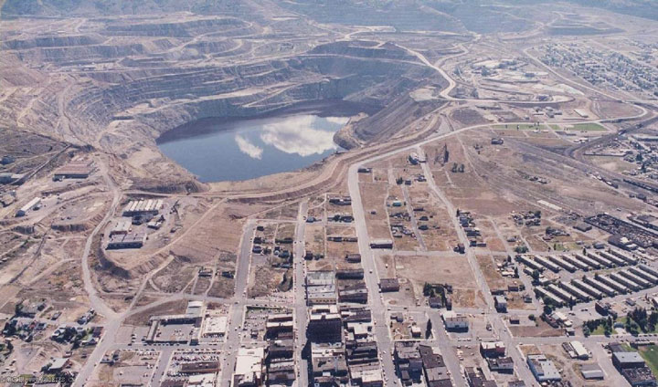 Berkeley Pit, Montana, United States-The Top 15 Most Impressive/strange Craters On the surface of Earth-3