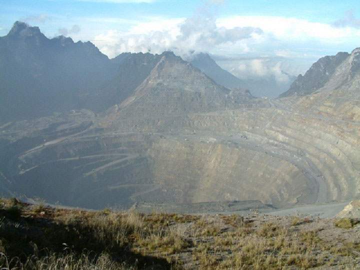 The Grasberg mine, Indonesia-The Top 15 Most Impressive/strange Craters On the surface of Earth-7