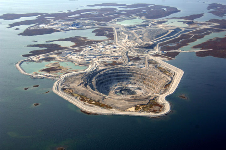 The Diavik Diamond Mine, Canada-The Top 15 Most Impressive/strange Craters On the surface of Earth-8