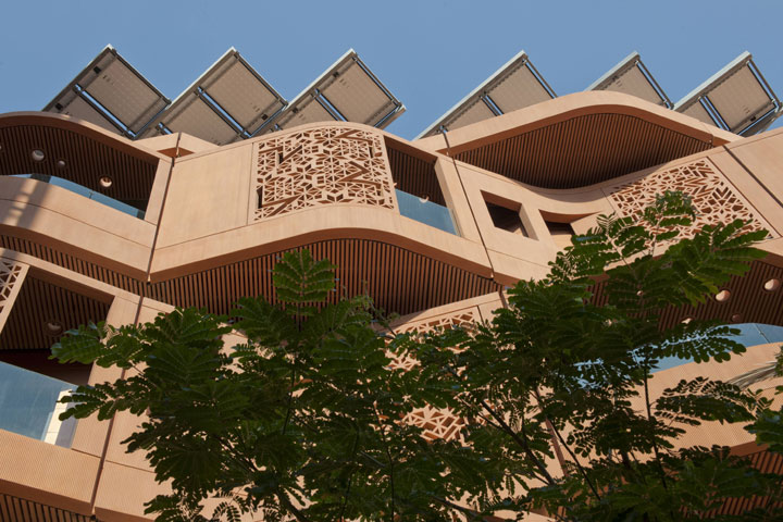 Masdar City - UAE-Atypical architecturaly exotic Cities-
