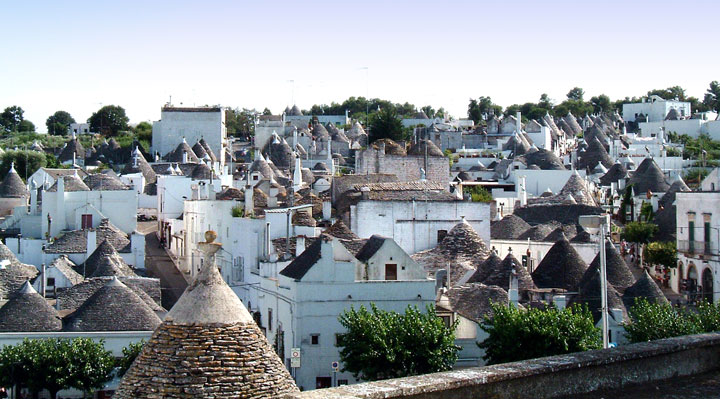 Alberobello - Italy-Atypical architecturaly exotic Cities-11