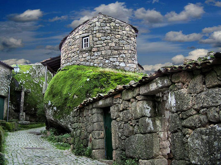Monsanto - Portugal-Atypical architecturaly exotic Cities-14