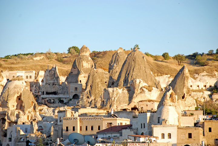 Goreme - Turkey-Atypical architecturaly exotic Cities-15