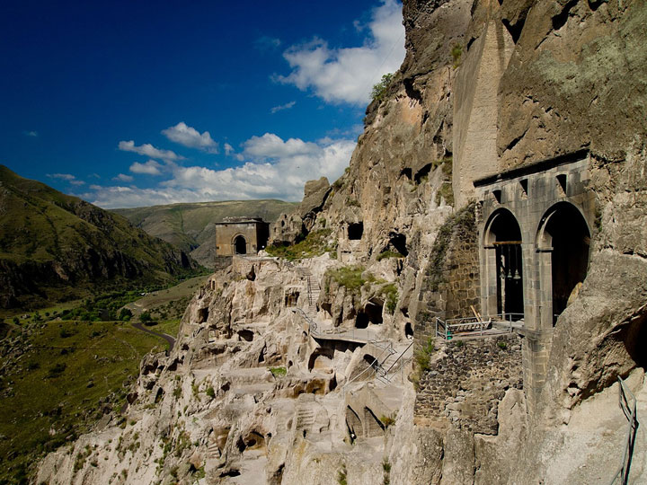 Vardzia - Georgia-Atypical architecturaly exotic Cities-2