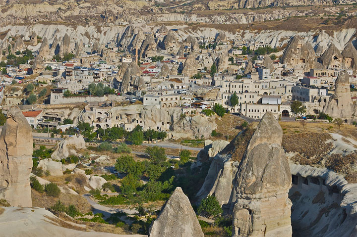 Goreme - Turkey-Atypical architecturaly exotic Cities-20