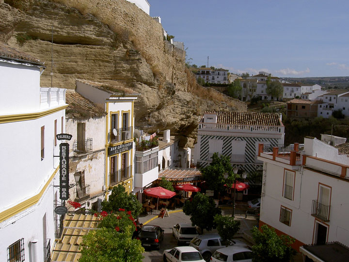 Setenil de las Bodegas - Spain-Atypical architecturaly exotic Cities-7