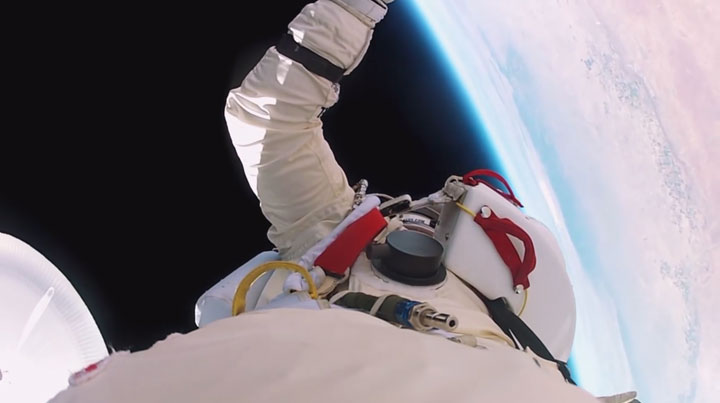 Experience Of World's Highest Jump As If You Were There -2