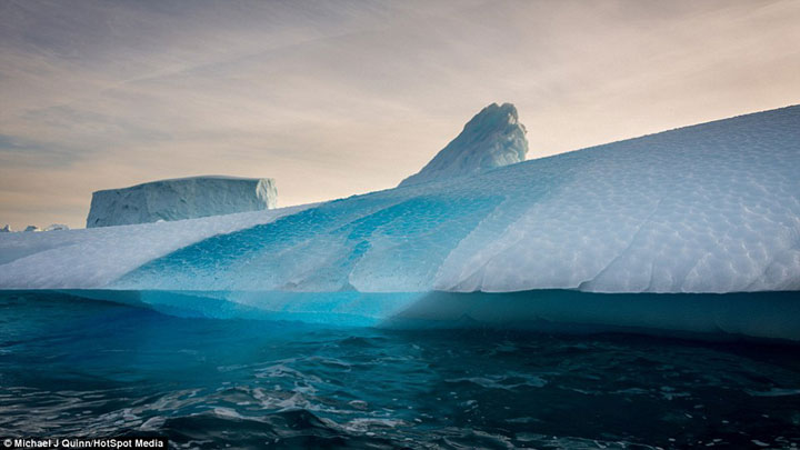 Greenland : Discover The Impressive Icebergs Sculpted By Nature With Beauty-