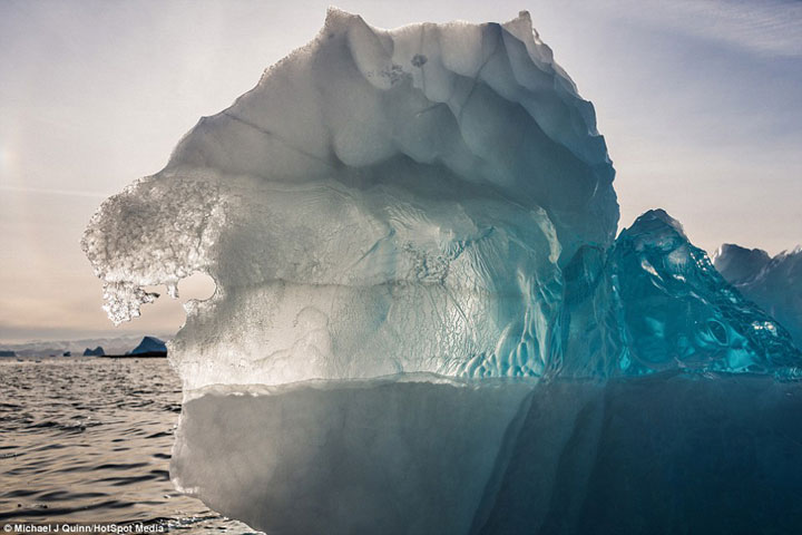 Greenland : Discover The Impressive Icebergs Sculpted By Nature With Beauty-11