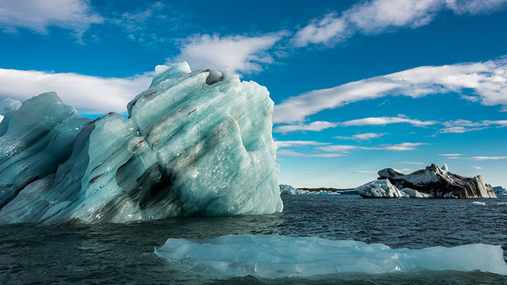 Greenland : Discover The Impressive Icebergs Sculpted By Nature With Beauty-17