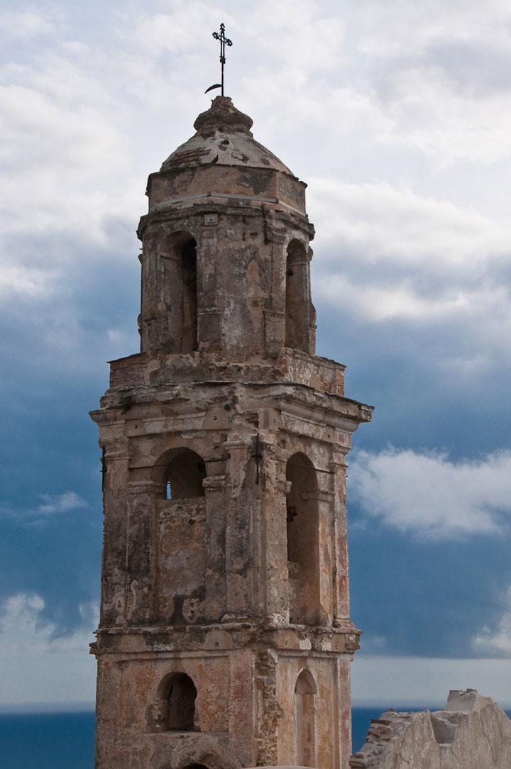 Bussana Vecchia, Italy-Abandoned churches around the world-11