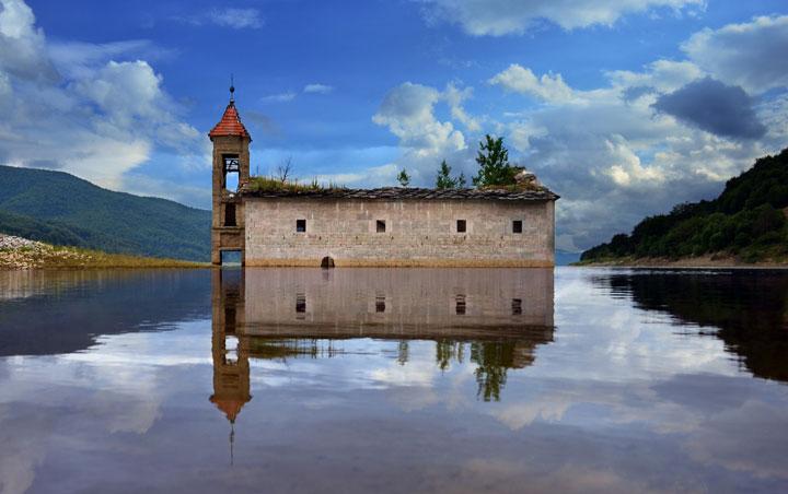 Mavrovo, Macedonia-Abandoned churches around the world-12