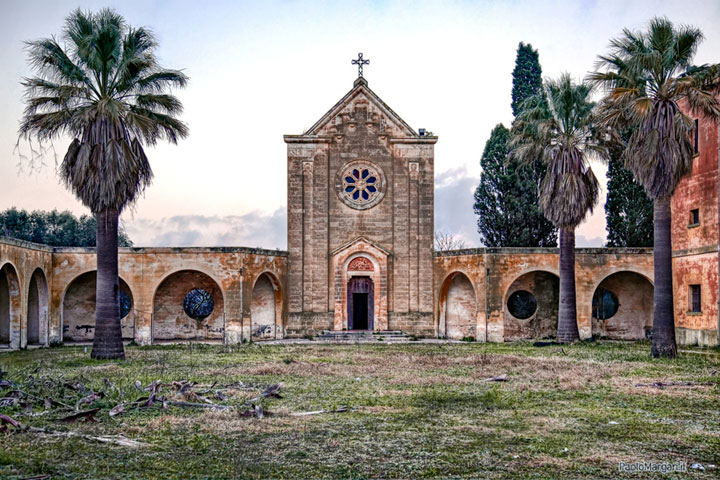 Lecce, Italy-Abandoned churches around the world-13