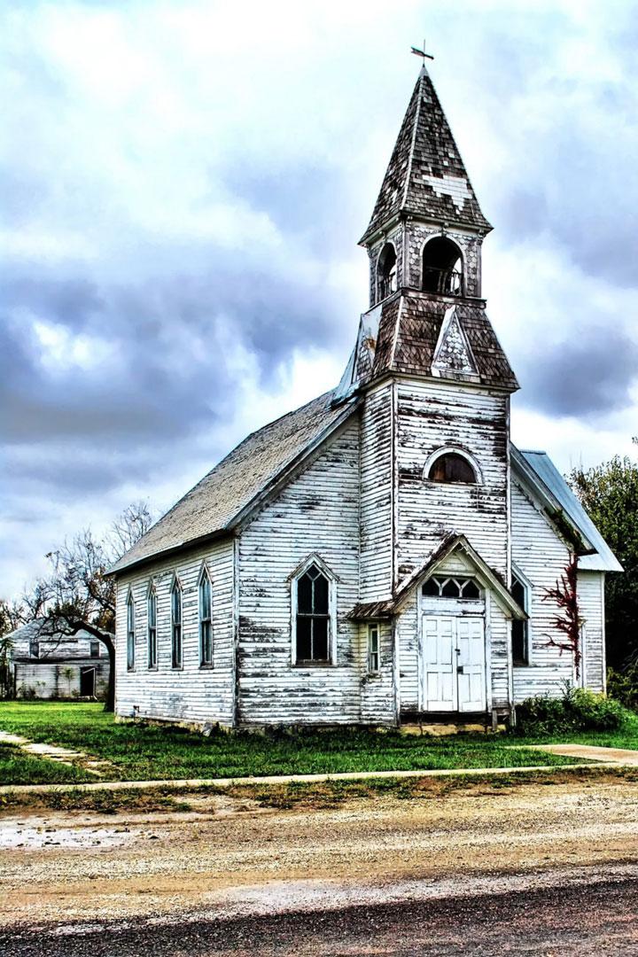 Kansas, United States-Abandoned churches around the world-9