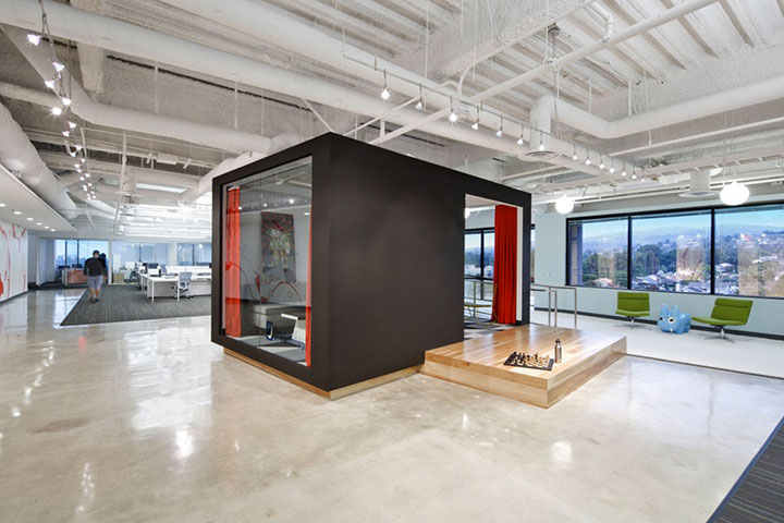 Dreamhost in Brea-15 Cool Offices Where You Would Want To Work All Your LIfe -2