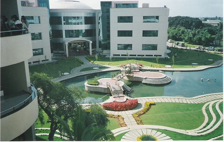 Infosys in Bangalore-15 Cool Offices Where You Would Want To Work All Your LIfe -29