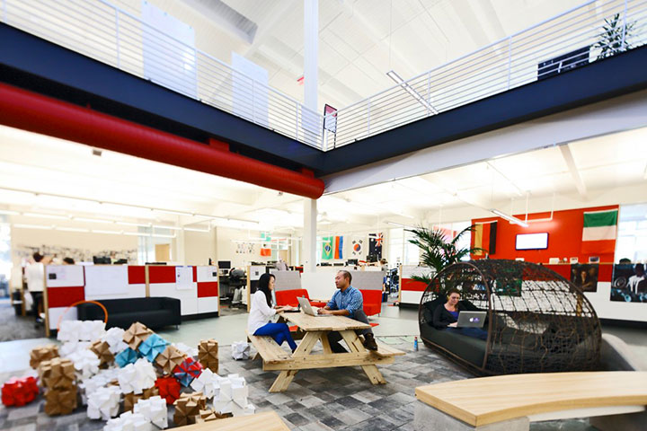 YouTube in San Bruno-15 Cool Offices Where You Would Want To Work All Your LIfe -4