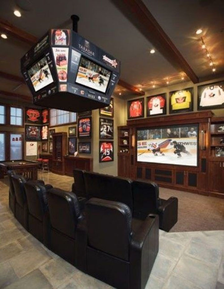 Geek Culture: Top 20 Examples Of Geek Living Rooms -2