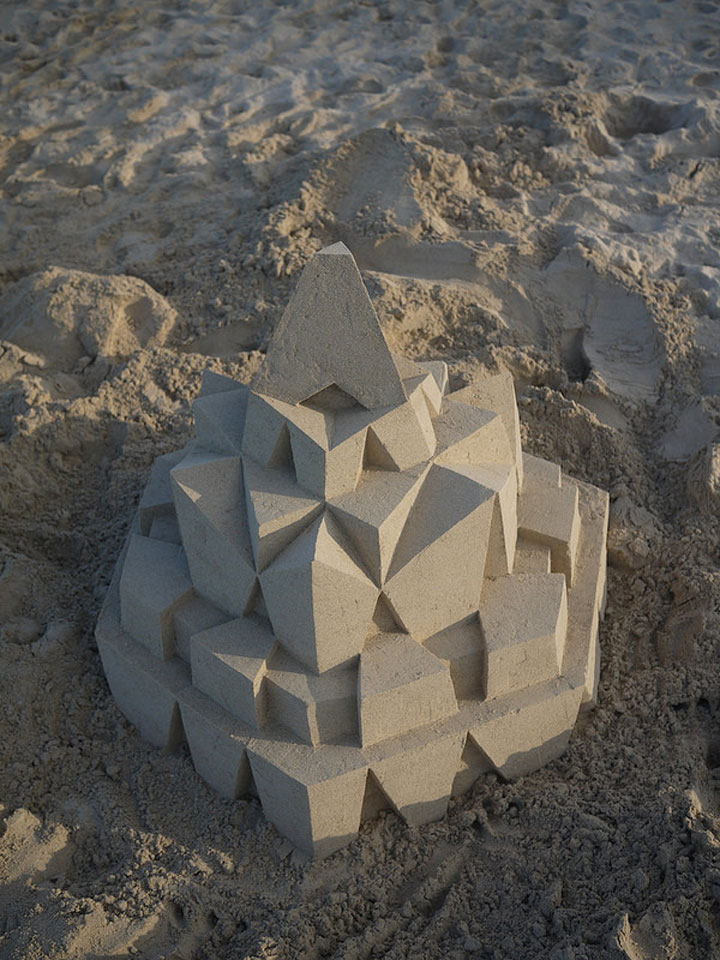 Geometric Sand Castles That Are True Architectural Masterpieces -11
