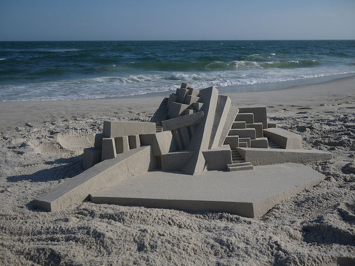Geometric Sand Castles That Are True Architectural Masterpieces -18