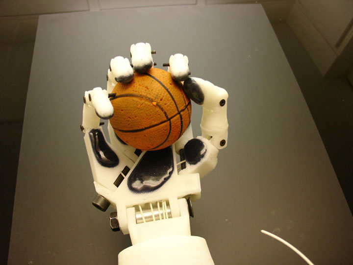 Inmoov: The First Humanoid Robot That You Can Print At Home Using 3D Printer-1