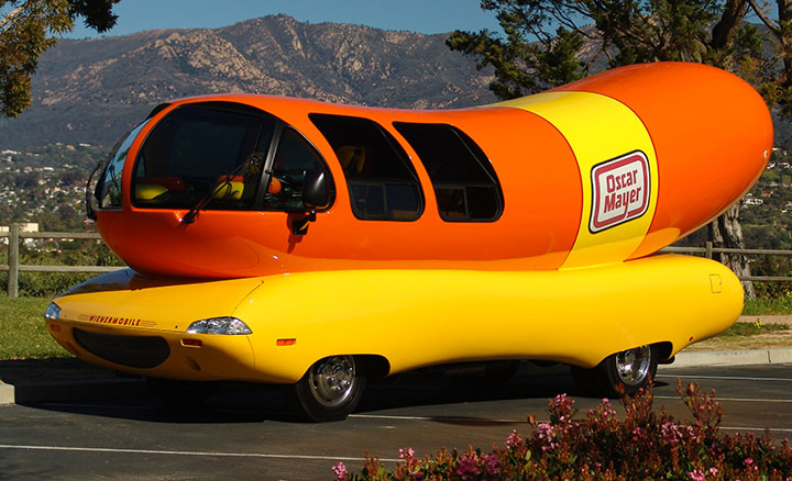 The hotdog car-20 Completely Strange And Original Cars For The Roads (Photo Gallery)-3
