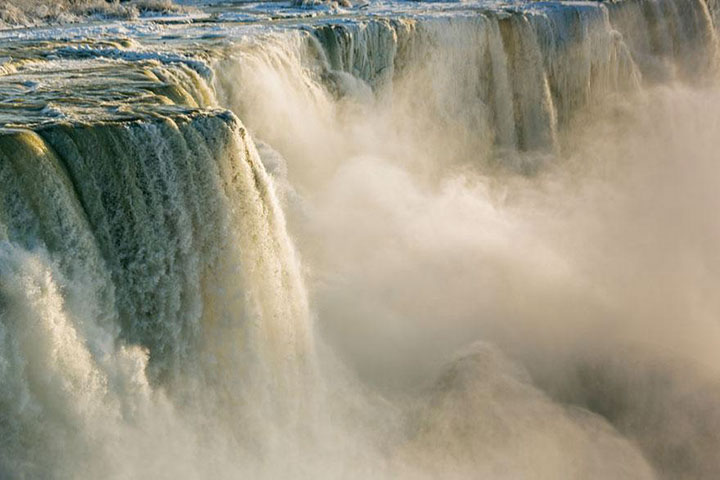 Niagara Falls-The real surroundings Of Famous Tourist Destination Monumentsstcard-10