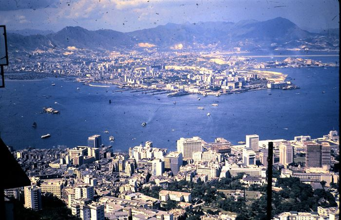 Hong Kong 1962 - 2011-The Change In The Skyline Of World's Top 11 Most Famous Cities-4