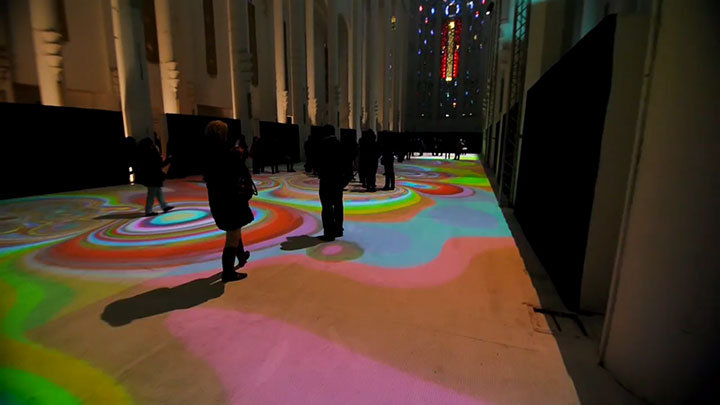 Enjoy Magical Walk On The Floor Of Sacre-Coeur Casablanca Illuminated By Thousands Of Colors-11