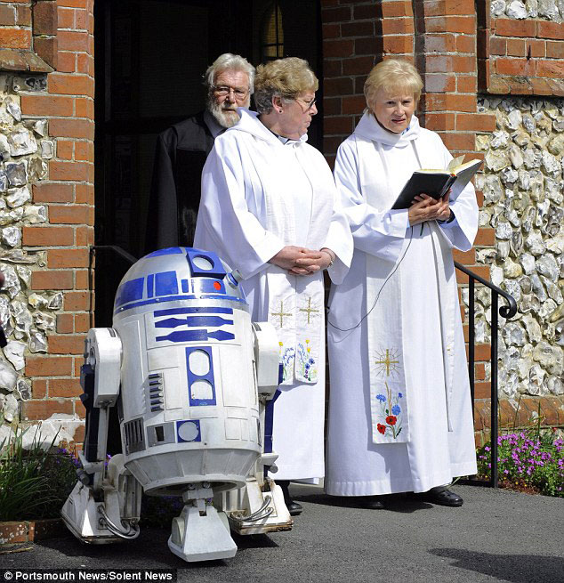 Parents Fulfill Last Desire Of Their 4 Year Old Son By Offering Him A superb Star Wars Funeral-5