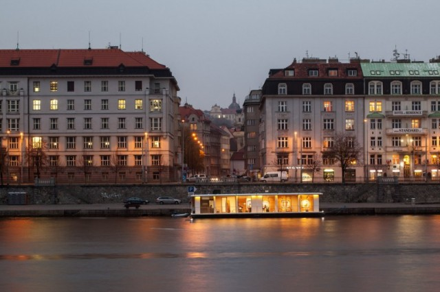Port X Home in Prague Ready for Exhibition Developed by a Czech Firm on the Back of a River