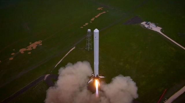 Watch The Spectacular Takeoff And Landing Of A Rocket As Filmed By A Drone (Video)-2