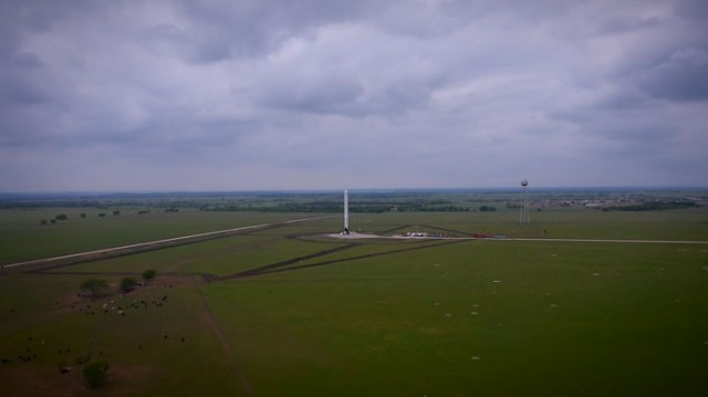 Watch The Spectacular Takeoff And Landing Of A Rocket As Filmed By A Drone (Video)-3