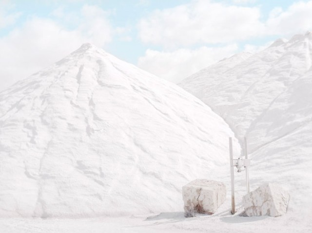Stroll Through This Surreal Landscape Formed By Gigantic Salt Mines-5
