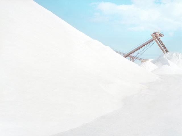 Stroll Through This Surreal Landscape Formed By Gigantic Salt Mines-6