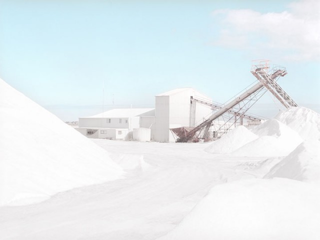 Stroll Through This Surreal Landscape Formed By Gigantic Salt Mines-8