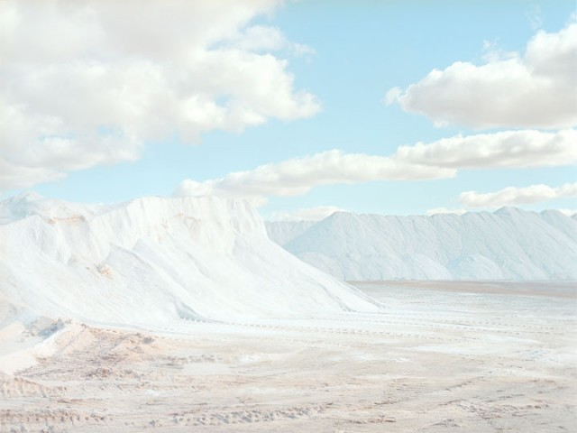 Stroll Through This Surreal Landscape Formed By Gigantic Salt Mines-9