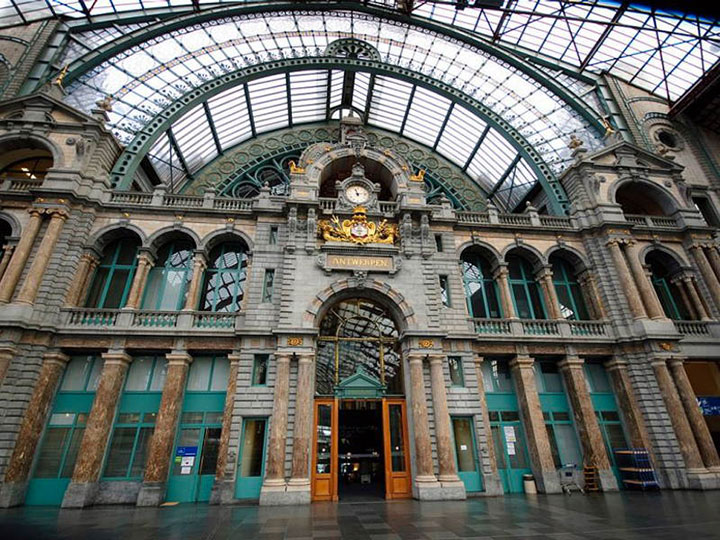 Antwerp Central Station, Belgium-World's Top 6 Most Majestic And Beautiful Train Stations-17