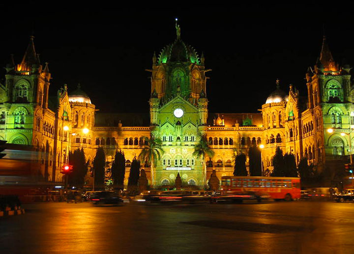 Chhatrapati Shivaji Terminus, India-World's Top 6 Most Majestic And Beautiful Train Stations-9