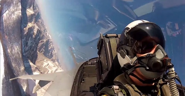 Place Yourself In The Cockpit Of A Fighter Plane Flying Over Japan (Video)-5