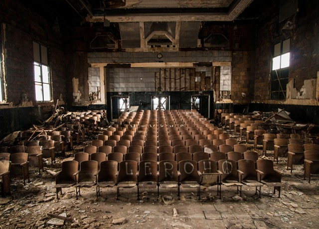 Empty Spaces: A Photographer Shares His Passion For Abandoned Places (Photo Gallery)-11