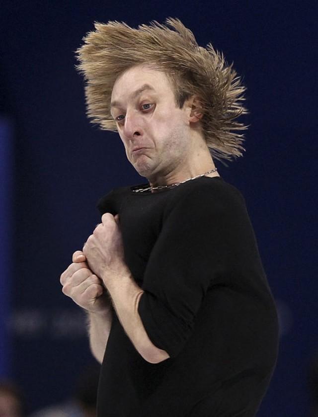 Top 22 Funny Photos Of Sportsmen Taken At Worst Time-12