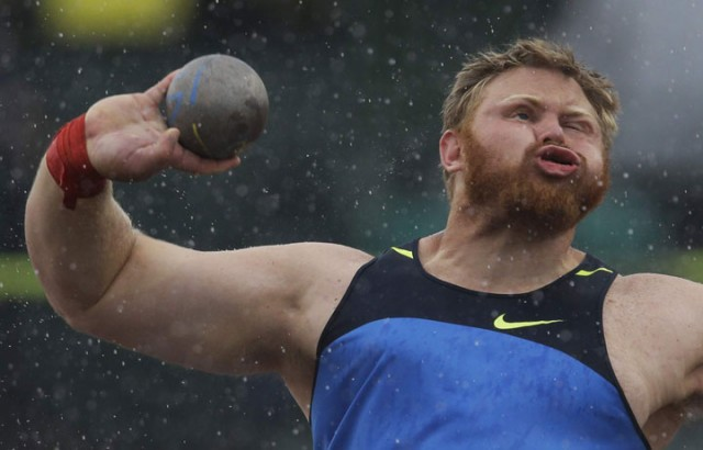 Top 22 Funny Photos Of Sportsmen Taken At Worst Time-15