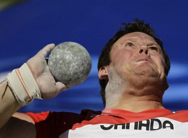Top 22 Funny Photos Of Sportsmen Taken At Worst Time-17
