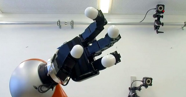 Scientists at Ecole Polytechnique Fédérale de Lausanne have introduced a new robotic arm that can hold complex shaped objects