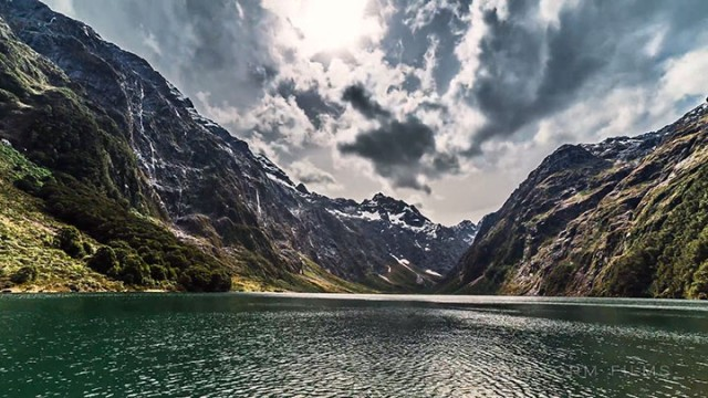 Discover The Most Beautiful Landscapes Of New Zealand (Time-Lapse Video)-13